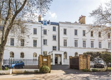 Camberwell Grove, Camberwell, London SE5. 2 bed flat for sale