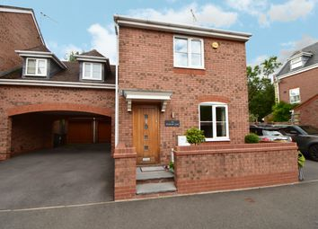 3 bed link-detached house for sale in Rumbush Lane, Dickens Heath, Shirley, Solihull B90