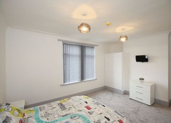 Thumbnail Room to rent in Armley Ridge Road, Armley, Leeds