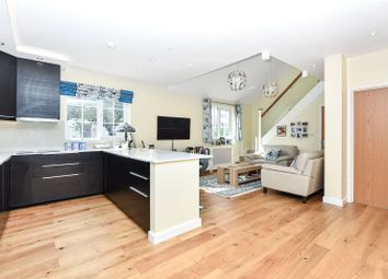 Thumbnail 3 bed bungalow for sale in Lytton Avenue, Palmers Green, London