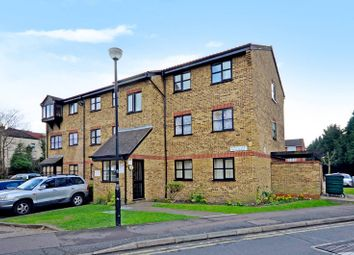 Thumbnail 2 bed flat to rent in Selwyn Court, Walthamstow