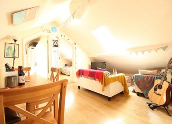 3 bed flat to rent in Millers Terrace, Dalston E8