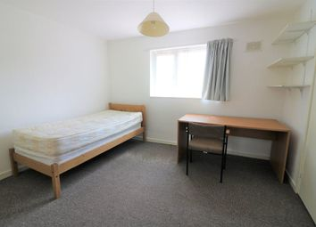 Thumbnail Room to rent in High Dells, Hatfield, Hertfordshire