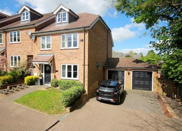 Thumbnail 4 bed detached house for sale in Exclusive 4 Bed In Private Development, Cemmaes Court Road