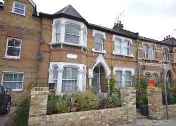 Thumbnail 1 bedroom flat to rent in Alexandra Park Road, London