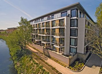 Thumbnail 3 bedroom flat for sale in Westfield Waterside, Knaresborough Drive, Earlsfield, London
