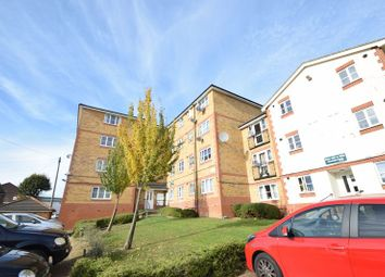 Thumbnail 2 bedroom flat to rent in Kingsway, Luton