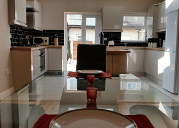 Thumbnail 4 bed property to rent in Luton Road, London