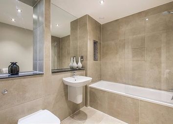 Thumbnail 2 bed flat for sale in Gataway House, Regents Park Road, Finchley
