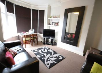 Thumbnail 5 bed terraced house to rent in St. Michaels Crescent, Headingley, Leeds