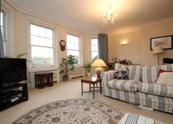 Thumbnail 2 bed flat to rent in South Grove, Highgate