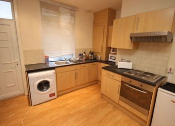Thumbnail 6 bed shared accommodation to rent in Delph Lane, Woodhouse, Leeds