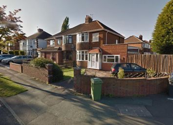 4 bed property to rent in Lawnswood Rise, Wolverhampton WV6