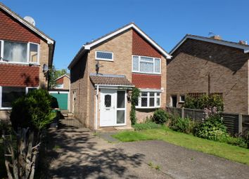 Thumbnail 3 bed detached house to rent in Godso Close, Bedford