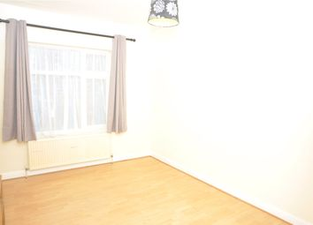 Thumbnail 5 bed flat to rent in Green Lanes, London