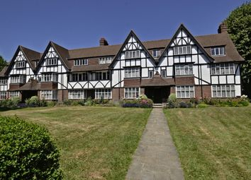 Thumbnail 3 bed flat to rent in Kent Court, Queens Drive, Acton