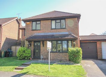 4 bed detached house for sale in Oliffe Close, Aylesbury HP20