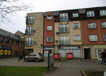 Thumbnail 2 bedroom flat to rent in Candleriggs, Alloa