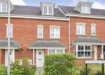 Thumbnail 4 bed town house for sale in Sunningdale Way, Gainsborough