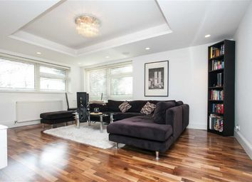 Thumbnail 2 bed flat to rent in Friern Barnet Lane, London