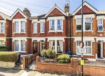 5 bed property to rent in Ivy Crescent, London W4