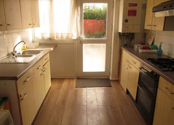4 bed terraced house to rent in Crediton Road, London E16