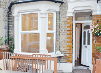 Thumbnail 2 bed flat to rent in St Johns Road, London, Walthamstow