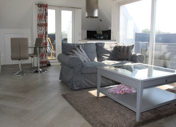 Thumbnail 2 bed flat to rent in Fairholme Gardens, London