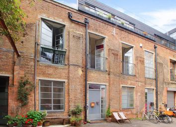 Thumbnail 2 bed duplex to rent in Trafalgar Mews, London
