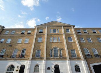 2 bed flat to rent in Elizabeth Square, London SE16