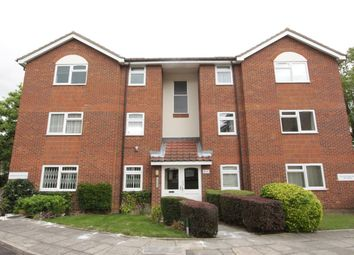 Thumbnail 1 bed flat to rent in Chase Road, Southgate, London
