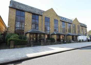 Thumbnail Studio to rent in The Metro Centre, St. Johns Road, Isleworth
