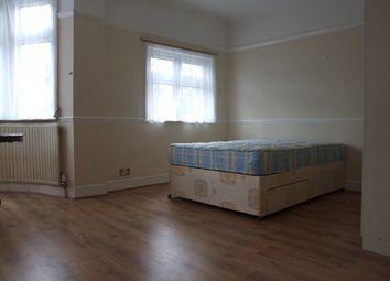 Thumbnail Studio to rent in Beaconsfield Road, Friern Barnet, London