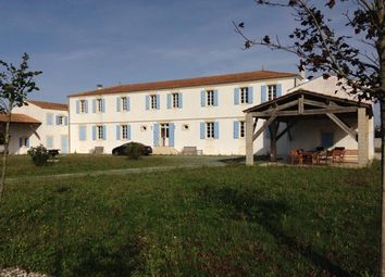 Thumbnail 8 bed country house for sale in Gemozac, Gémozac, Saintes, Charente-Maritime, Poitou-Charentes, France