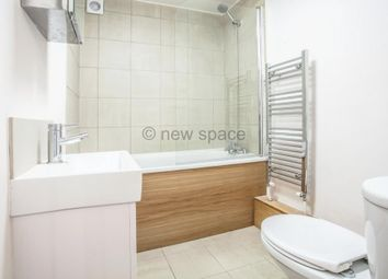 Thumbnail 1 bed flat to rent in Ryder Mews, Hackney Central