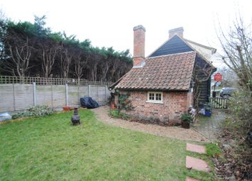 Thumbnail 1 bed cottage to rent in Angel Terrace, Parsons Corner, Southend-On-Sea
