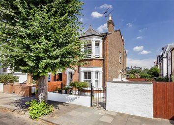 Thumbnail 3 bed flat to rent in Evelyn Road, London