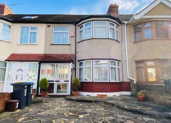 Thumbnail 3 bed property to rent in Bullsmoor Ride, Waltham Cross