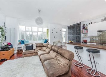 Thumbnail 2 bed flat for sale in Streatham Common North, London
