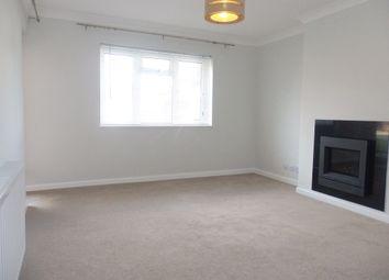 2 bed flat to rent in Wentworth Court, Stroud Green, Newbury RG14