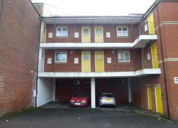 Thumbnail 1 bedroom flat to rent in Oakbank Road, Woolston, Southampton