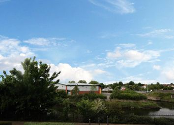 Thumbnail 2 bed flat to rent in Gaskell Place, Ipswich, Suffolk