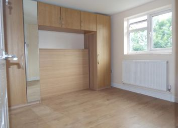 Thumbnail Studio to rent in Windsor Road, Ilford