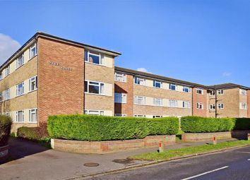 2 bed maisonette for sale in Park Avenue, Maidstone, Kent ME14