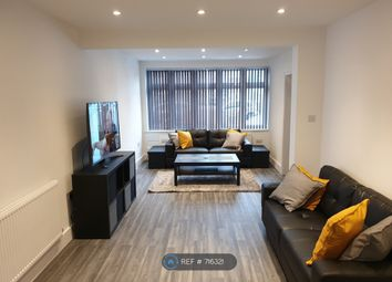 Room to rent in Brainton Avenue, Feltham TW14