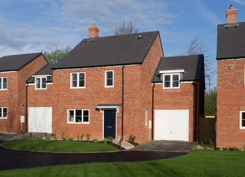 Thumbnail 4 bed detached house for sale in The Old Orchard, Lowes Lane, Wellesbourne, Warwick