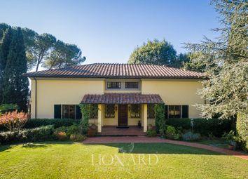 Thumbnail Villa for sale in Porcari, Lucca, Toscana