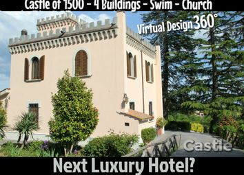 Thumbnail Hotel/guest house for sale in Ronciglione, Viterbo, Lazio, Italy