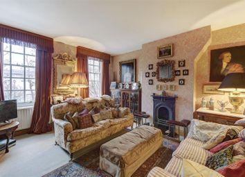 Erasmus Street, London SW1P. 2 bed flat for sale