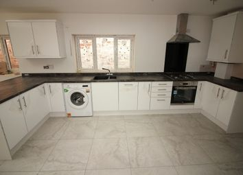 Thumbnail 5 bed terraced house to rent in Maxstoke Gardens, Tachbrook Road, Leamington Spa